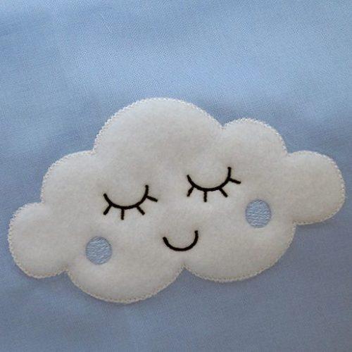 Toalla bordada nube